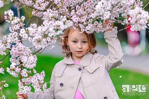 Fotos de personas de stock. Imágenes de personas y fotografías de gente: retratos, grupos, modelos, gente corriente